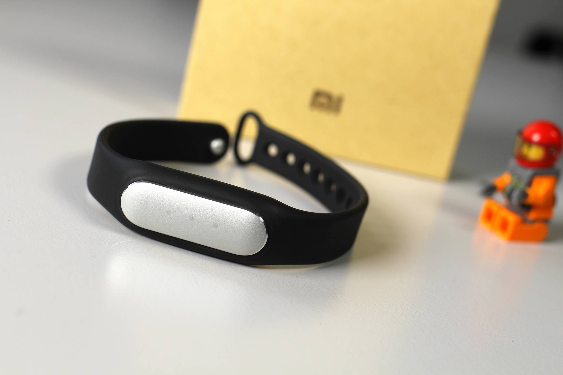 recensione xiaomi mi band 1s pulse tom 39 s hardware. Black Bedroom Furniture Sets. Home Design Ideas