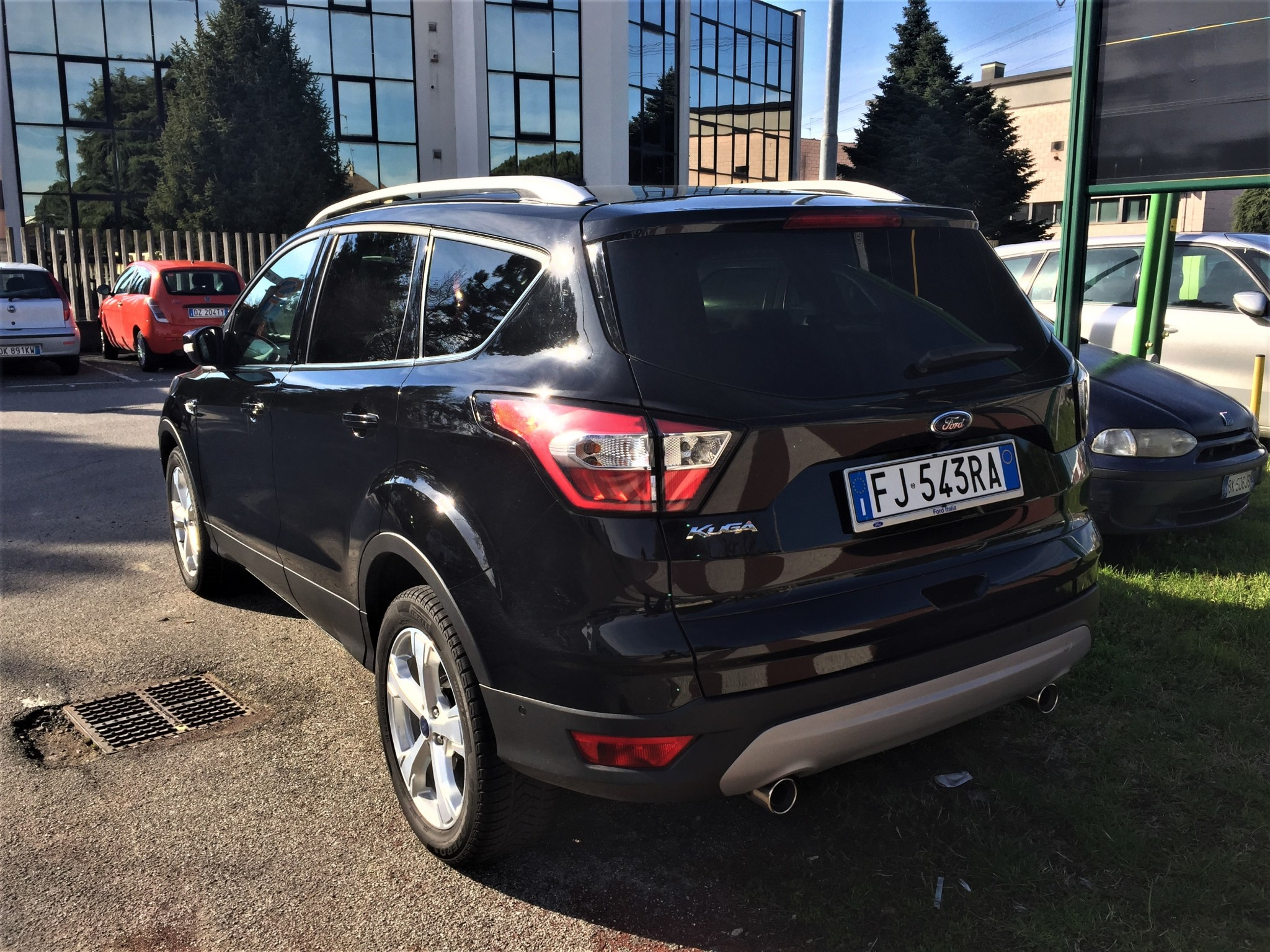 ford kuga 1 5 tdci titanium la nostra prova su strada. Black Bedroom Furniture Sets. Home Design Ideas
