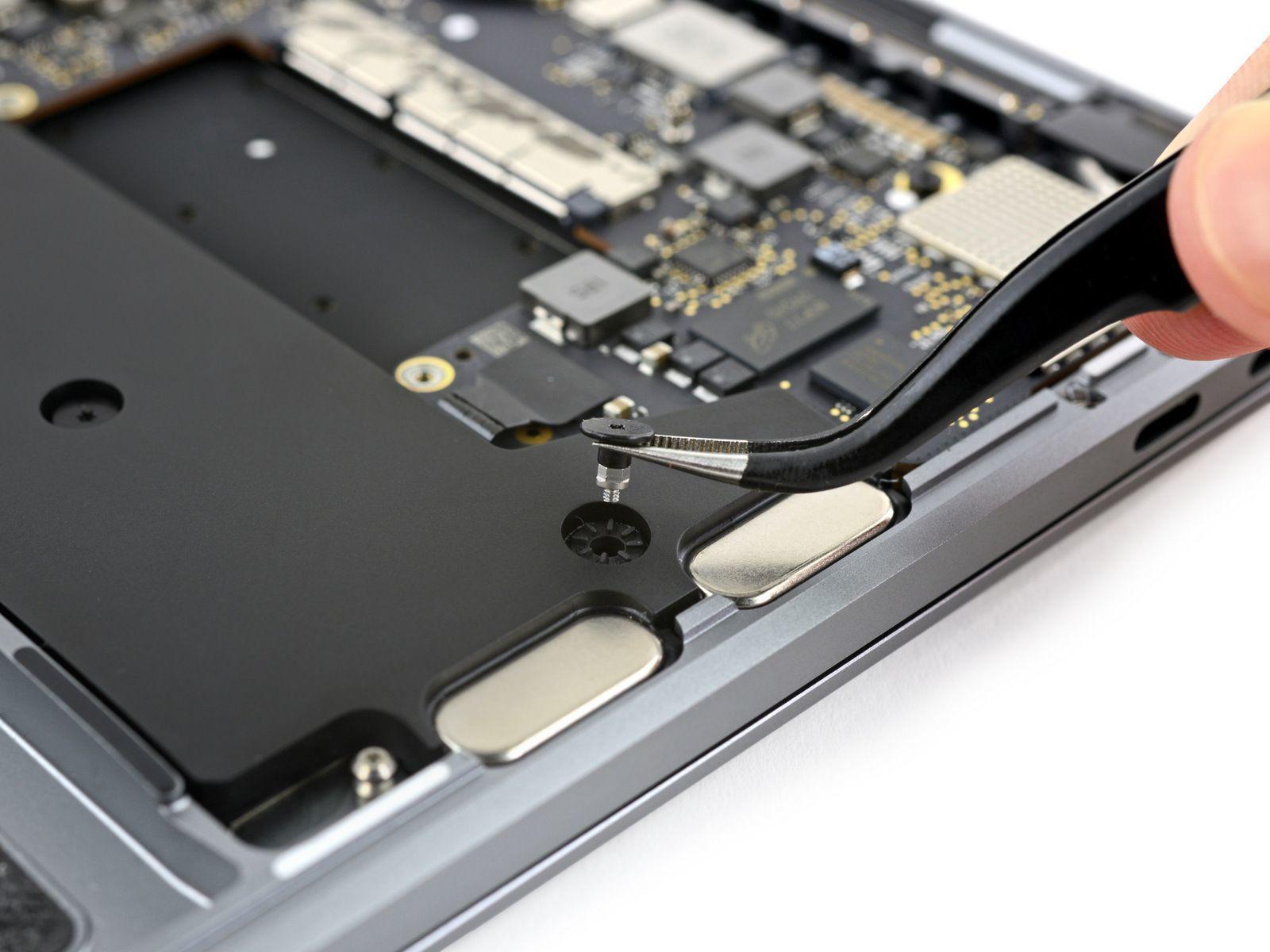 Ifixit smonta il macbook pro, 16 gb per tutta la vita   tom's hardware