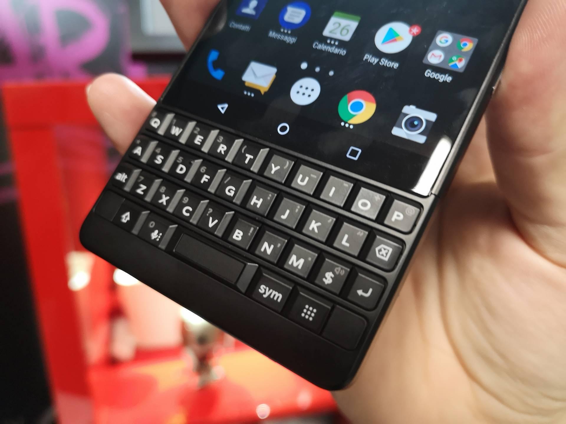 Recensione BlackBerry Key2   MobileLabs