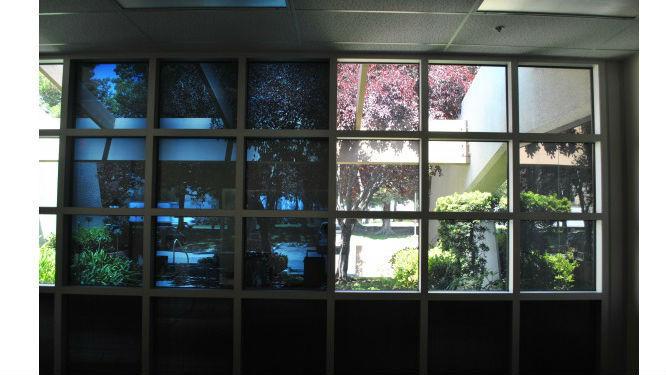 Vetri colorati per finestre free prepariamo e tagliamo su - Vetri antiriflesso per finestre ...