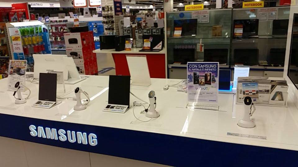 Samsung: tablet e smartphone sequestrati a Vicenza