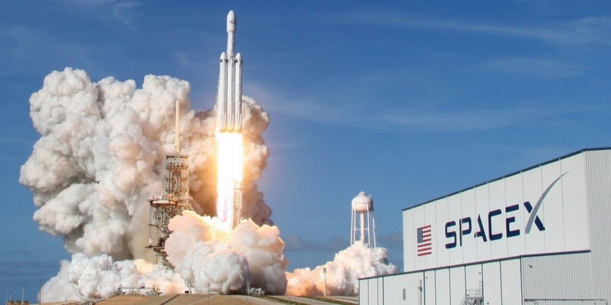 Falcon Heavy decollo