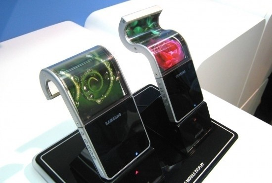 samsung foldable displays