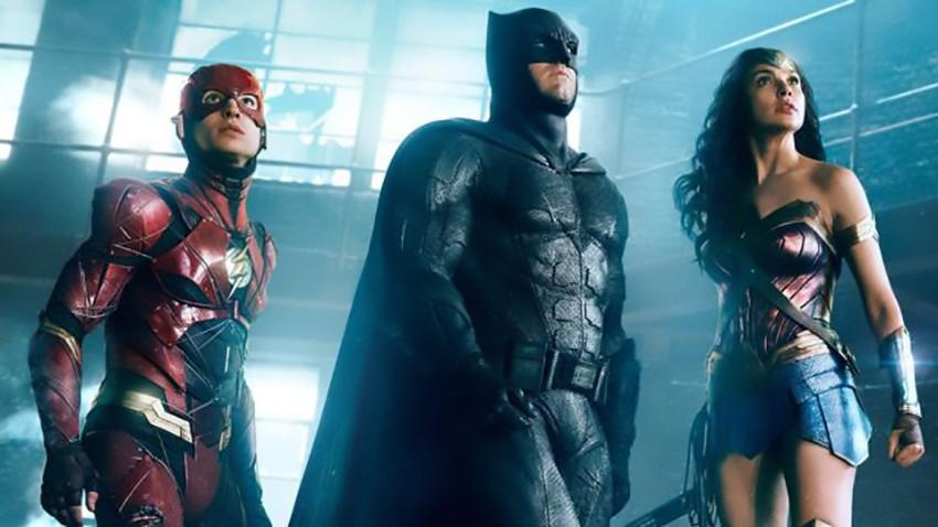 Justice League, gli eroi DC si uniscono nel primo trailer