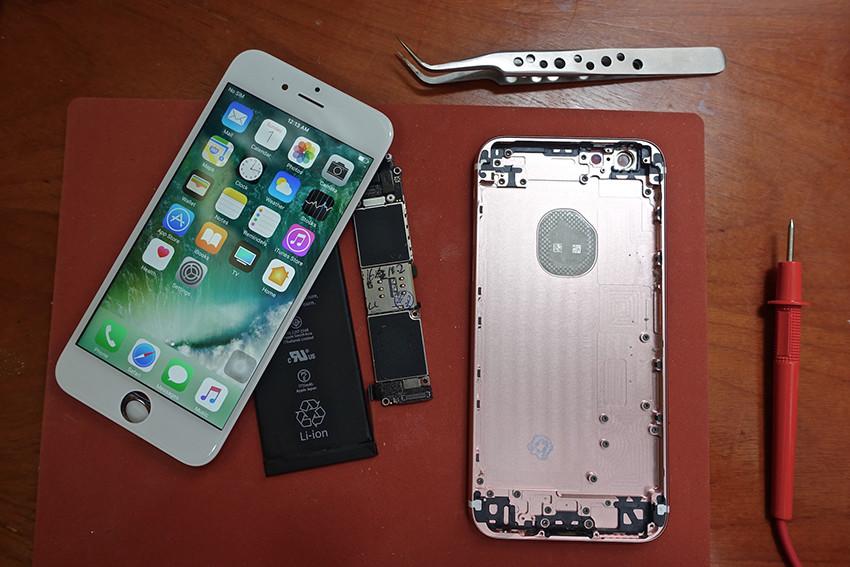 IPhone 6s: lo YouTuber Scotty Allen ci mostra come costruirlo da soli