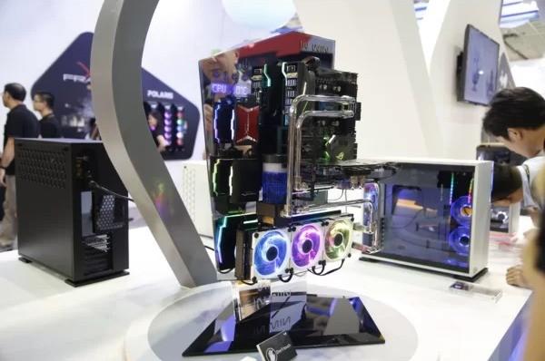 Asus stupisce al Computex di Taipei