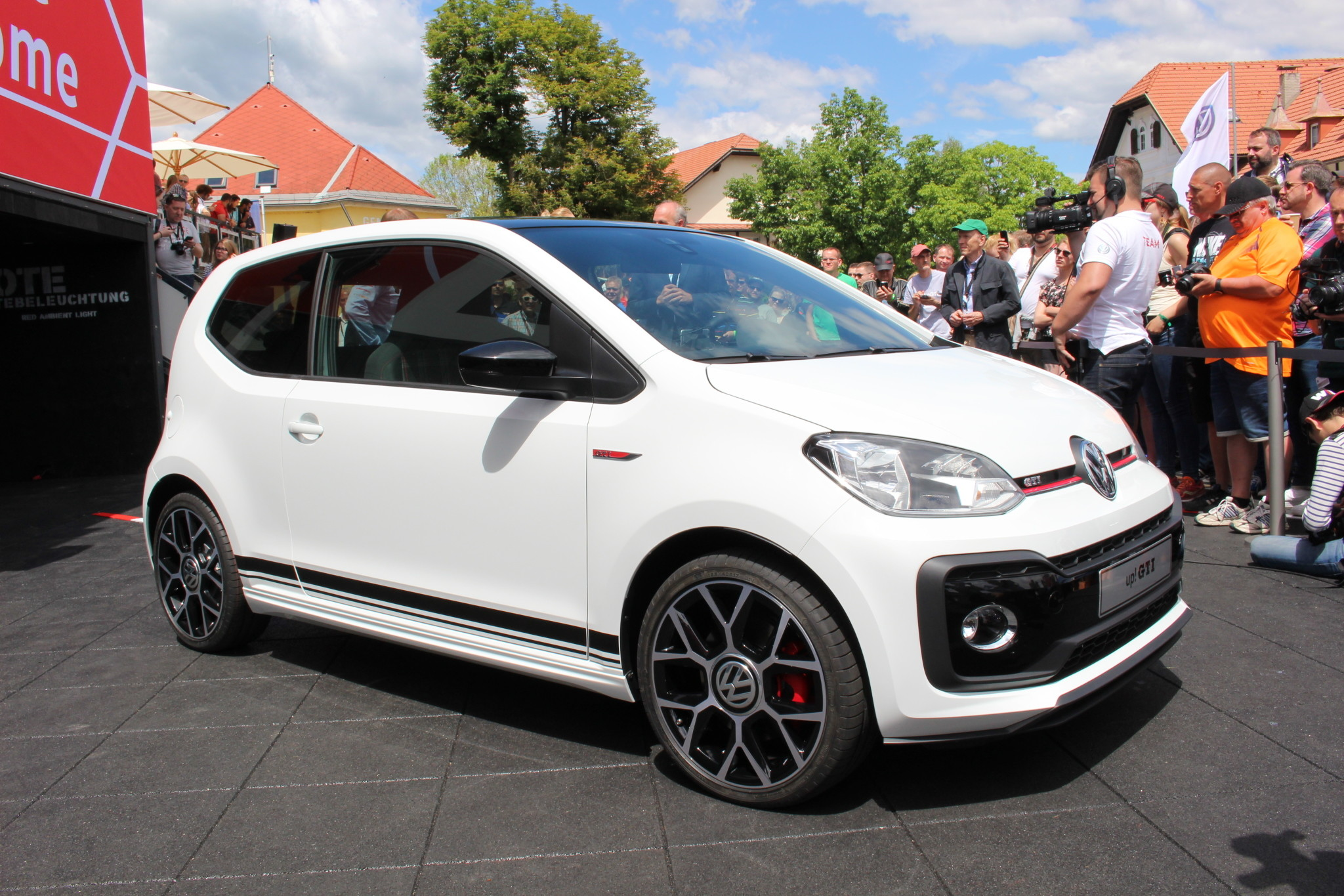Volkswagen up! GTI concept car