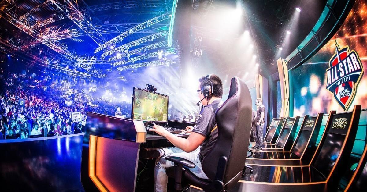 Gli eSports conquistano tutti (o quasi) anche in Italia