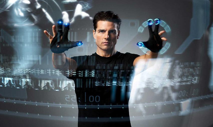 Minority Report ha 15 anni, le profezie ipertecnologiche si sono avverate