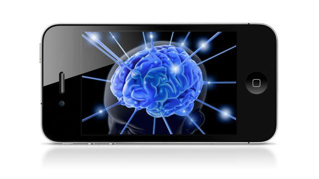 Amnesia digitale, memoria umana in declino a causa degli smartphone
