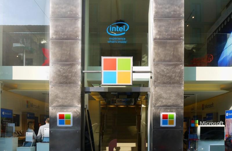 """Ieri vi abbiamo raccontato di Casa Microsoft, la nuova location milanese scelta dall'azienda per eventi promozionali, presentazioni, workshop e molto altro. Oggi Microsoft ci ha aperto le porte di """"casa […]"""
