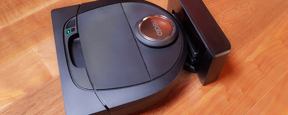 recensione aspirapolvere robot neato botvac d5 connected tom 39 s hardware. Black Bedroom Furniture Sets. Home Design Ideas