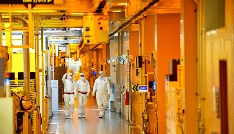 Samsung mette a punto la tecnologia FinFET a 11nm