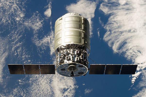 Spazio: lanciata la navicella Cygnus