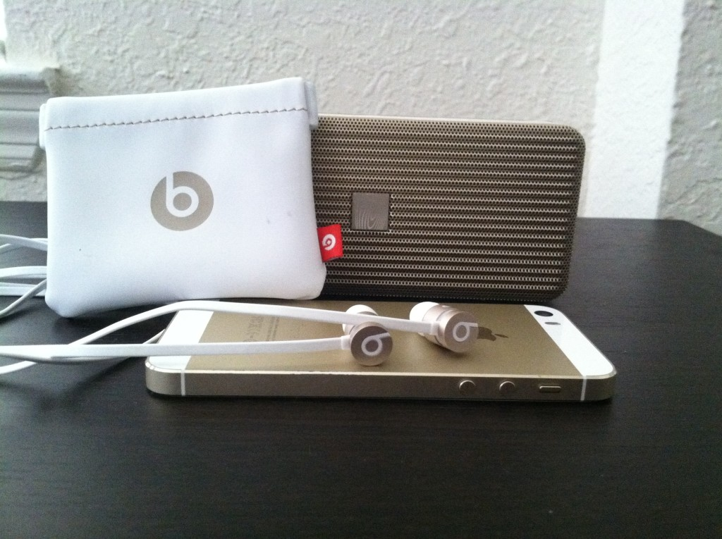 Beats by dre urbeats se gold 1