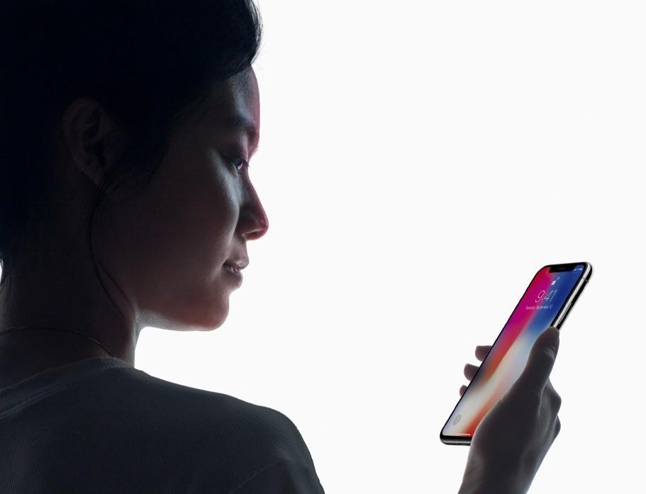IPhone X: gli Apple Store avranno scorte in negozio per i clienti