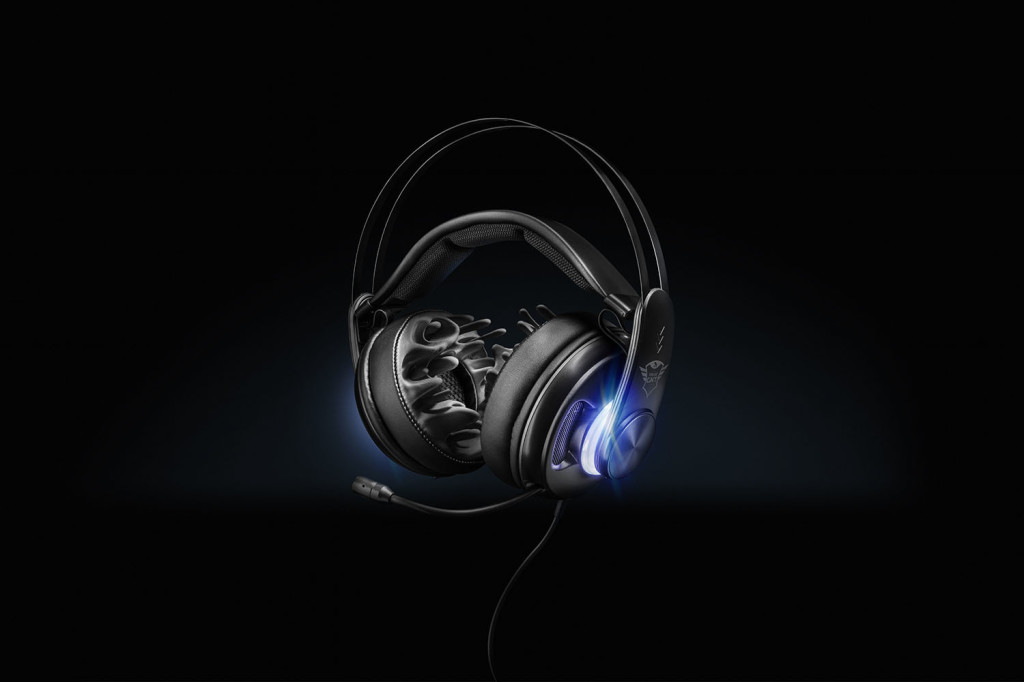 22055 Dion Bass Vibration Surround Sound Gaming Headset 2 1500px JPG