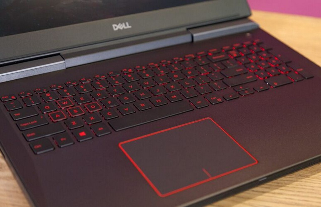 Dell Inspiron 15 7000 Gaming  6
