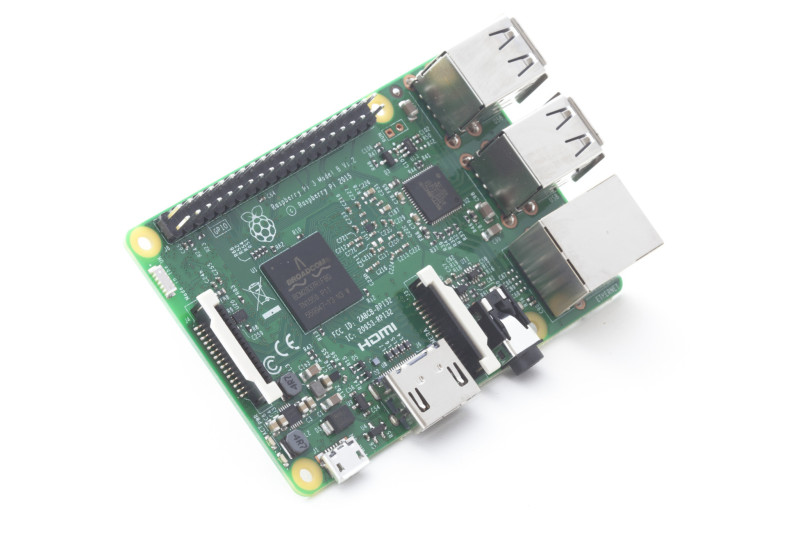 Raspberry Pi 3 con Wi-Fi e Bluetooth a 35 dollari