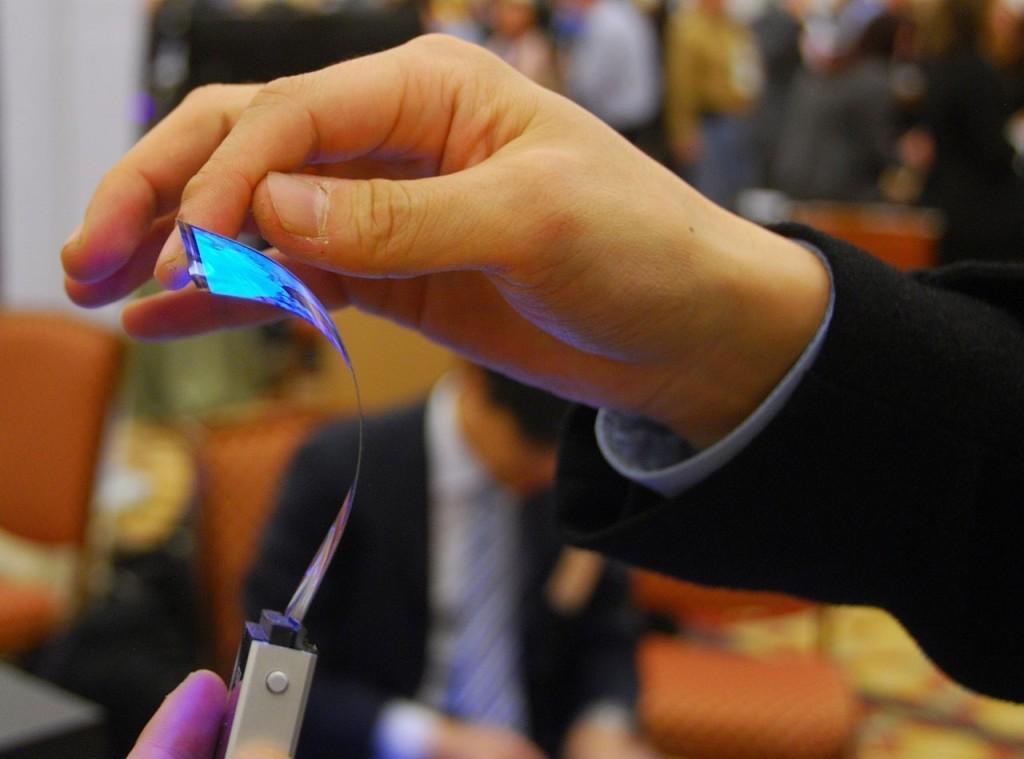 iPhone pieghevole esiste davvero? Apple deposita un brevetto - Tom's Hardware