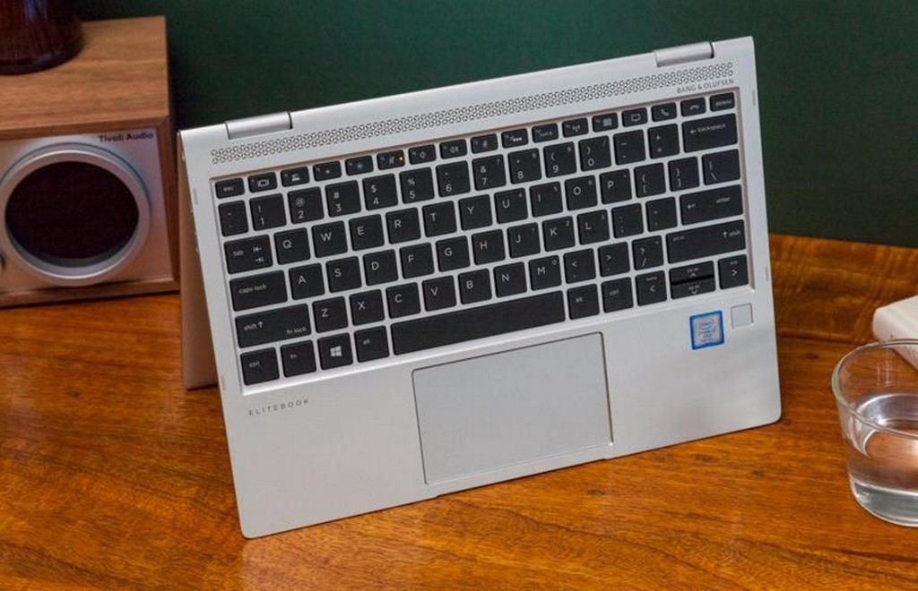 HP EliteBook x360 1020 G2  4