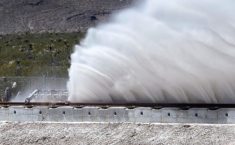 Elon Musk e Hyperloop, trasporti ad altissima velocità