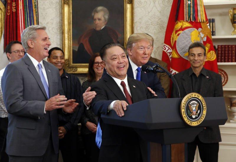 Intel è pronta ad acquisire Broadcom se la stessa acquisisce Qualcomm