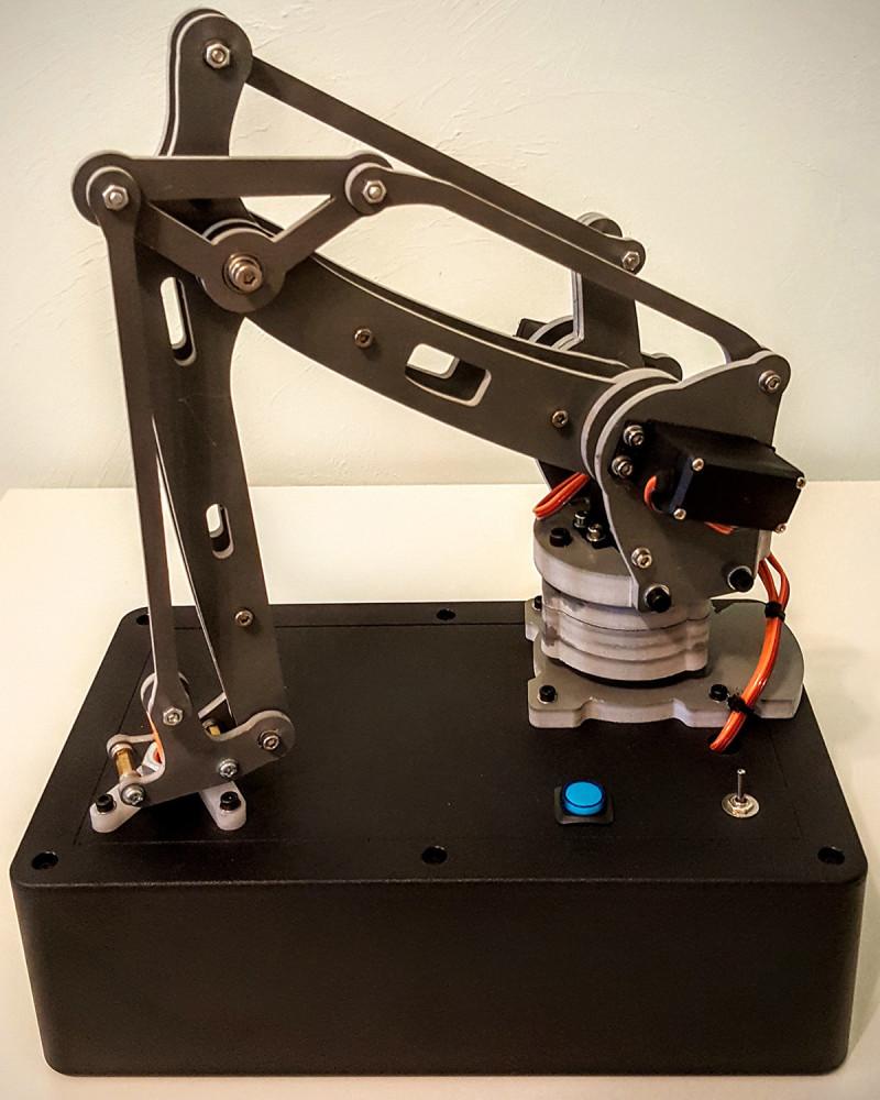 Realizzato il primo robot che decide se ferire una persona