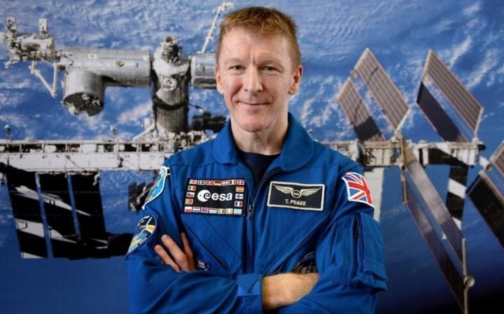 101289171 COLOGNE GERMANY   JUNE 21  British astronaut Tim Peake poses after his first press con large trans++qVzuuqpFlyLIwiB6NTmJwfSVWeZ vEN7c6bHu2jJnT8