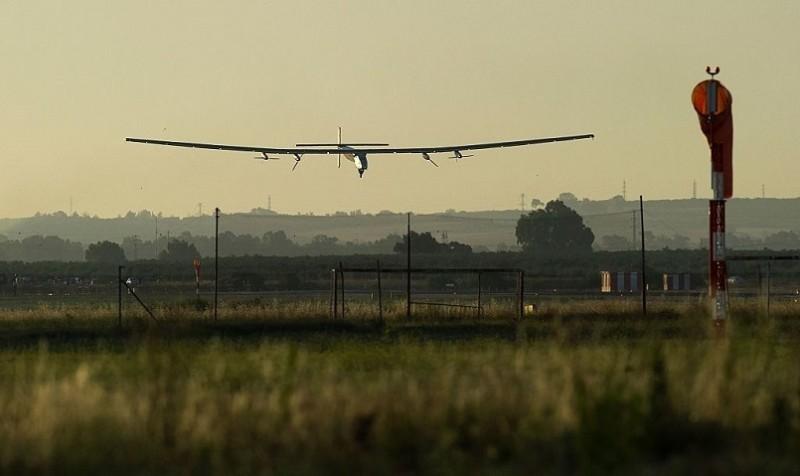 Solar Impulse 2 attraversa l'Atlantico solo a energia solare   Tom's Hardware