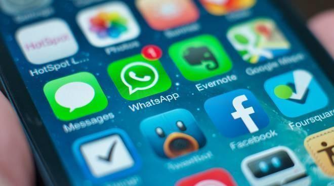 Antitrust, multa da 3 mln di euro per WhatsApp