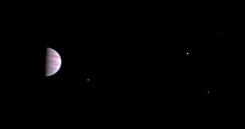 Saluti da Giove, ecco il primo scatto della sonda Juno