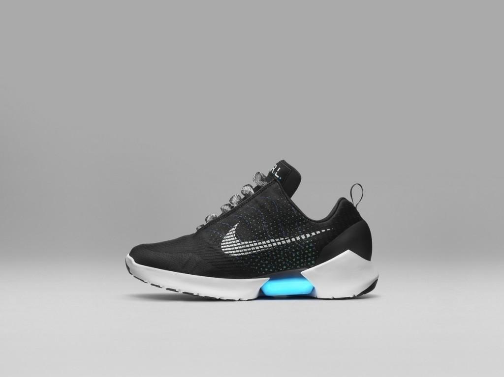 Nike con i lacci automatici in commercio dal 28 novembre - Tom's Hardware