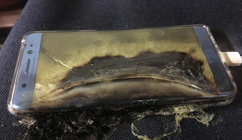 explosive start for samsung galaxy note 7 more phones catch fire while charging 507793 4