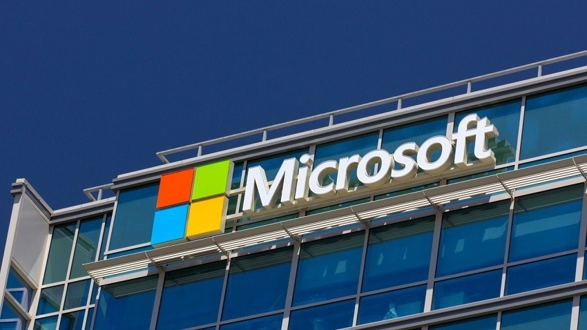Mosca dice addio ad Outlook e Microsoft Exchange Server