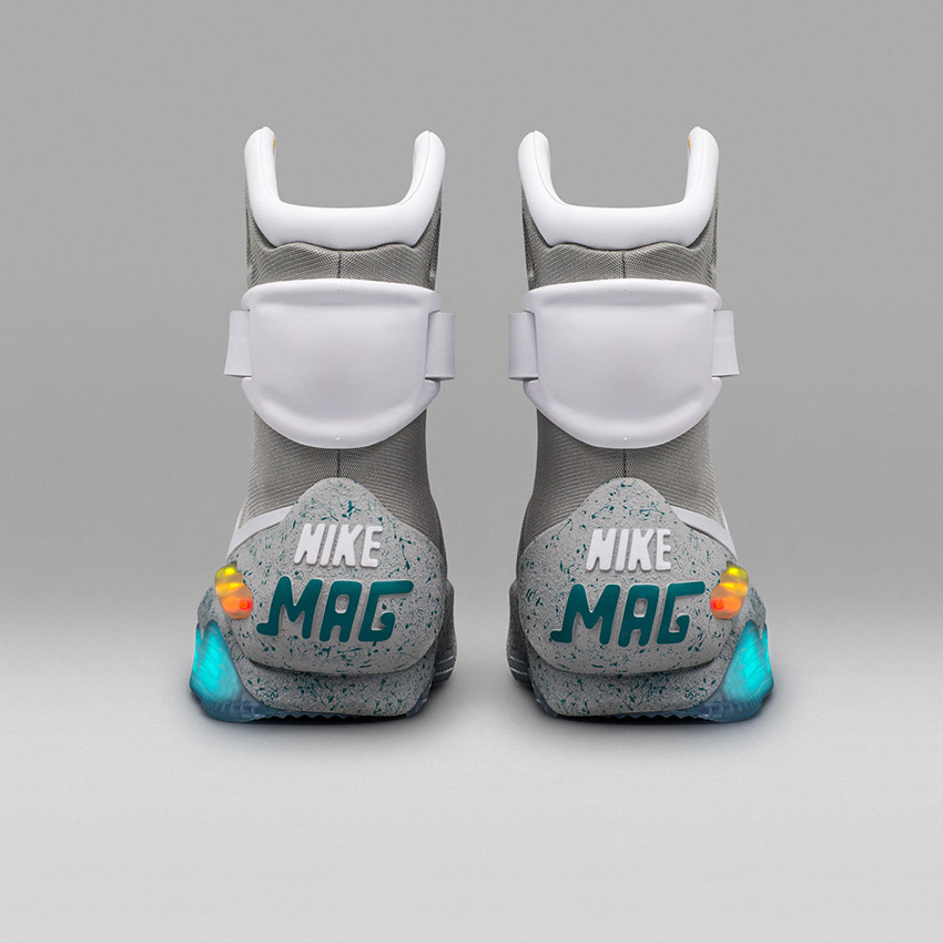 Nike Mag 2016 Official 07 square 1600