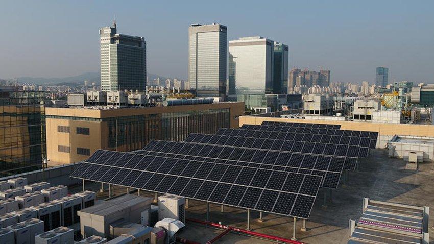 Nuova intesa UE: al 32% la quota di energie rinnovabili