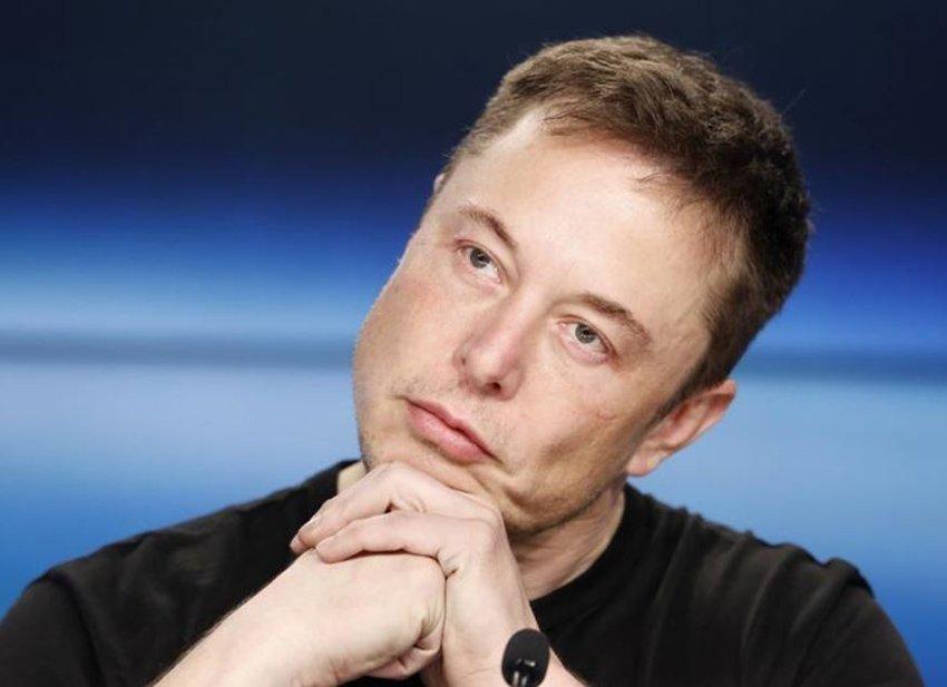 Elon Musk spese quasi tutti i suoi soldi per una McLaren F1