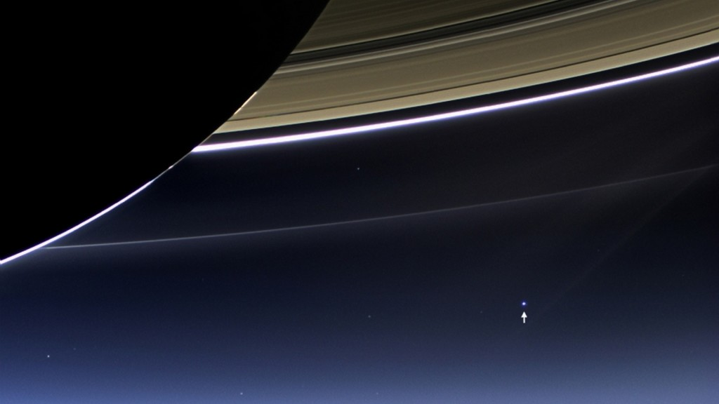 earth saturn cassini 7 19 2013