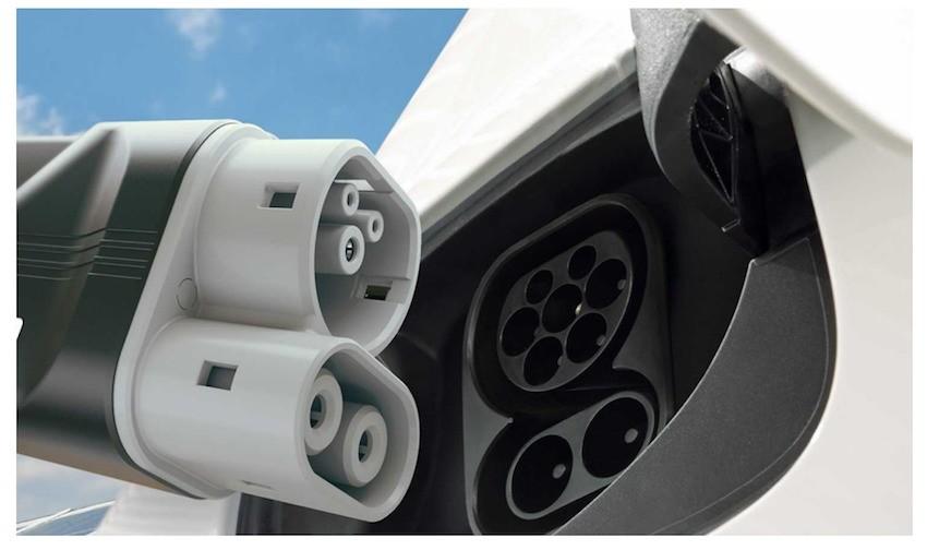 Auto elettriche: accordo per una rete europea di punti di ricarica