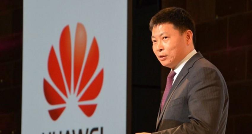 Smartphone Huawei quad-edge in arrivo a breve?