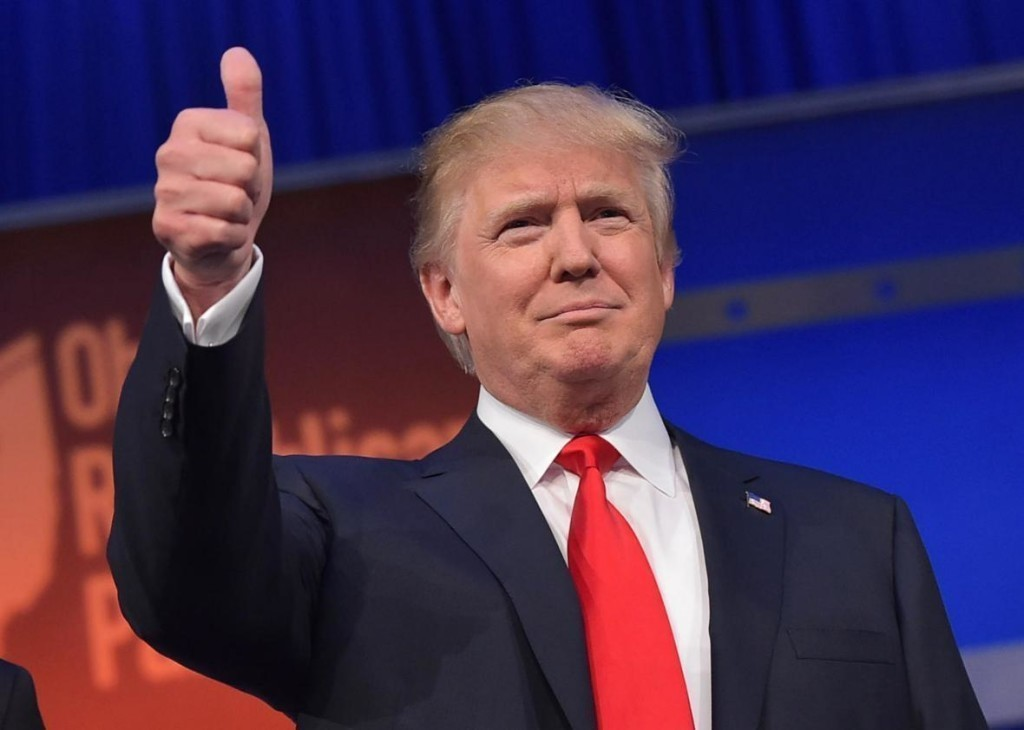 483208412 real estate tycoon donald trump flashes the thumbs up crop promo xlarge2 1d3bea47b969862e5f424735122f7bb03
