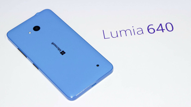 lumia 640 name rear