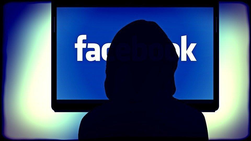 Ex dipendente Facebook fa causa all'azienda per traumi da immagini violente