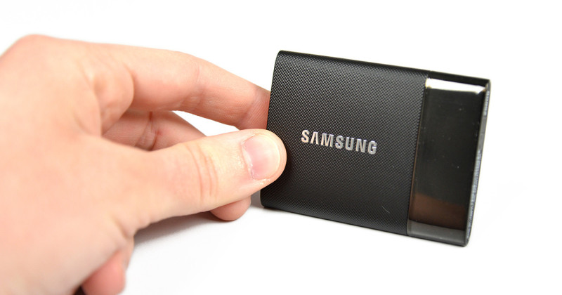 Samsung Portable SSD T1 04