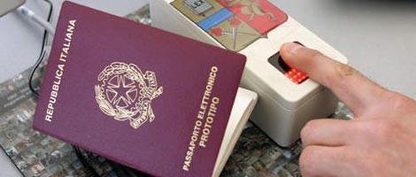 passaporti italiani con impronte digitali toms hardware