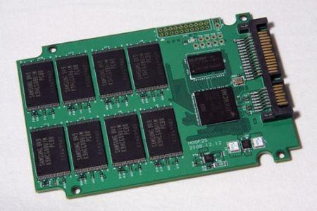 [Immagine: ssd-chip_t.jpg]