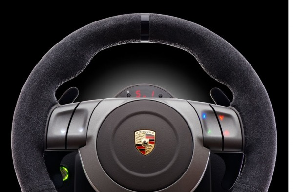 fanatec porsche 911 gt2 volante per giochi di lusso tom 39 s hardware. Black Bedroom Furniture Sets. Home Design Ideas