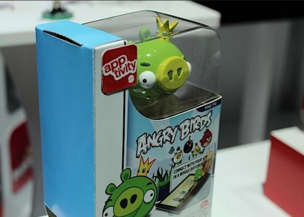 Da angry birds a monopoli l 39 ipad un gioco da tavolo tom 39 s hardware - Angry birds gioco da tavolo istruzioni ...